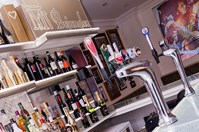 Mr Bojangles Champagne Bar and Restaurant Photo 4