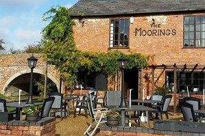 The Moorings Restaurant (Crick) Photo 5