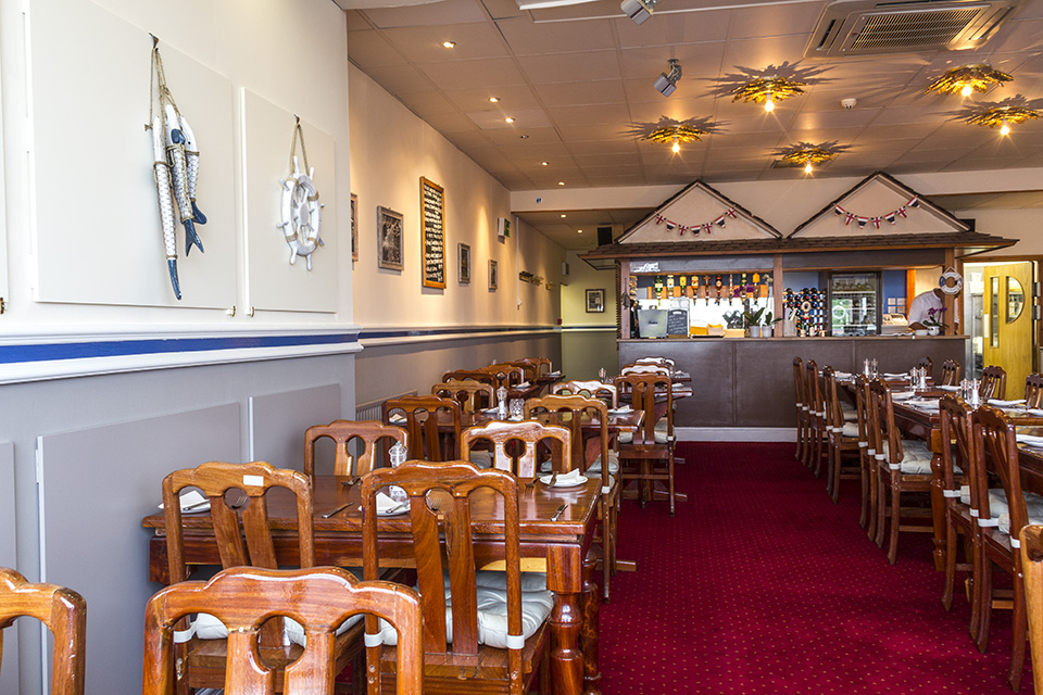 Lobster pot beeston menus reviews and bookings by go dine for Table 8 beeston