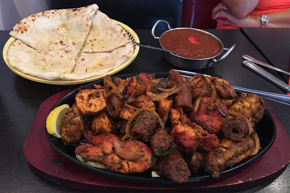 Saab 39 s grill wigston menus reviews and bookings by go dine for Cuisine of india wigston