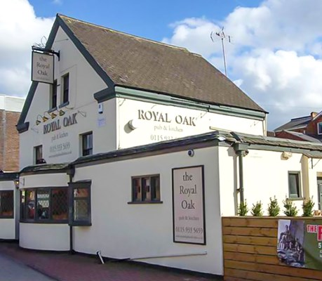 The Royal Oak Pub & Kitchen Photo 1
