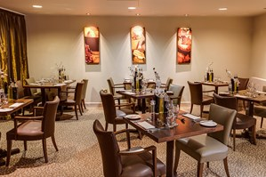 Tempus Restaurant at Eastwood Hall Photo 5