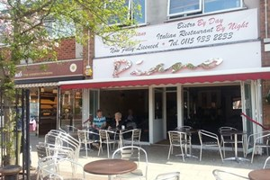 Cafe Piano (Radcliffe-on-Trent)