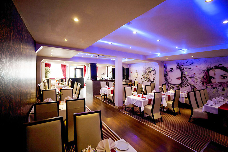 Cottage balti beeston menus reviews and offers by go dine for Table 8 beeston