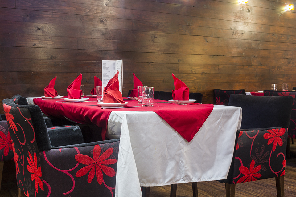 Nimboo beeston menus reviews and bookings by go dine for Table 8 beeston