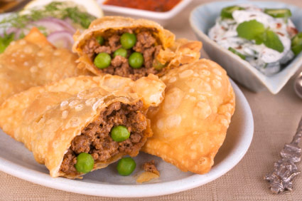 Lamb samosa recipe from go dine simple recipe for lamb samosas forumfinder Image collections